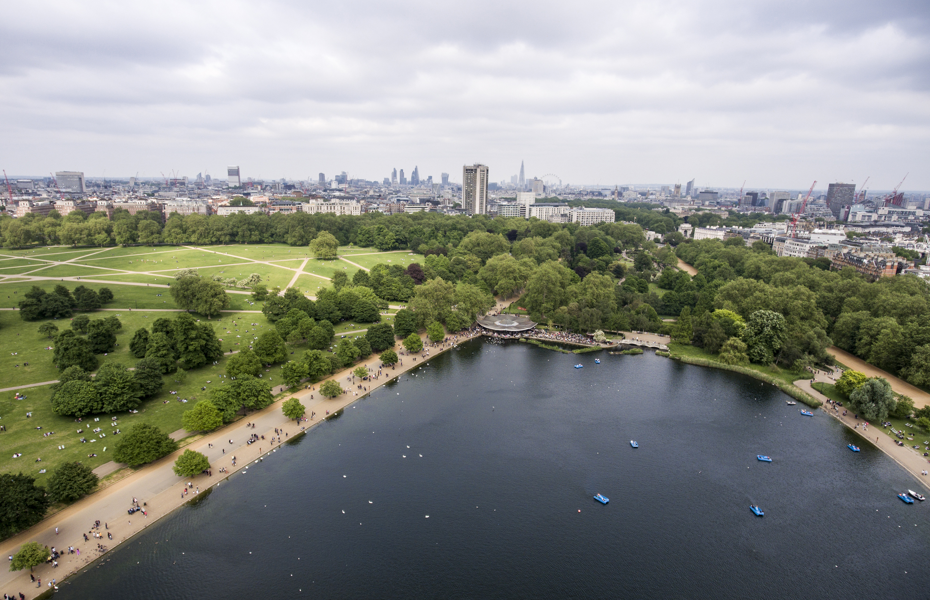 London big hyde park in the city for chilling aerial 3