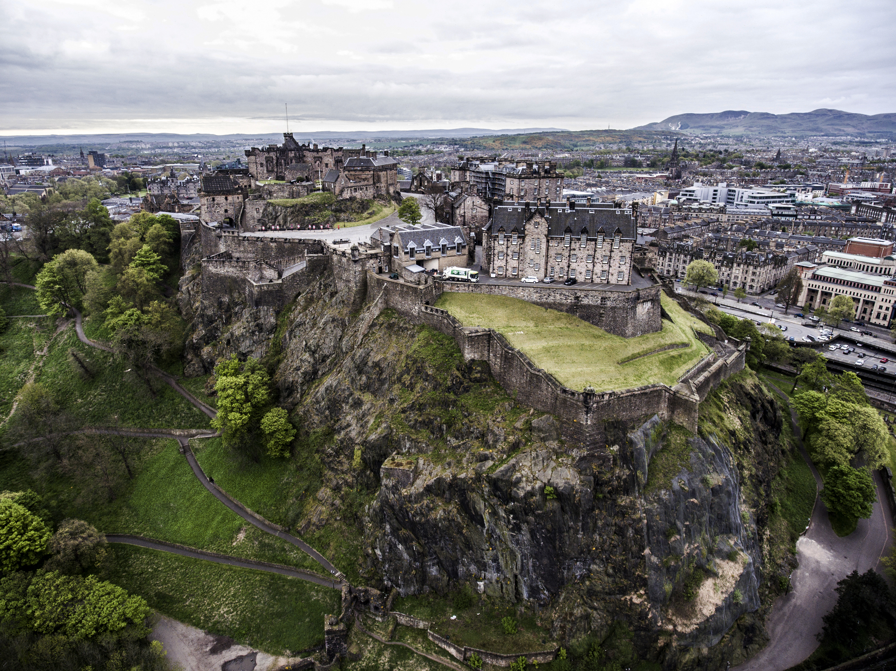 Edinburgh city the historic Castle on Rock cloudy Day Aerial shot 4